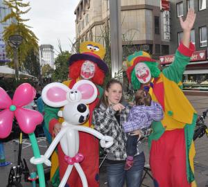 Clown Pippy Show auf einem Straßenfest in Gelsenkirchen